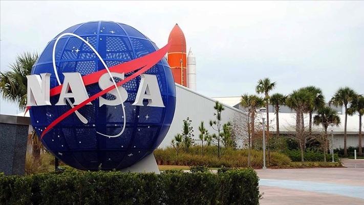 NASA'nın uzay aracı 2 yıllık dönüş yolculuğuna başladı