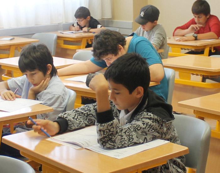 Türkçe ve din kültürü kolay, matematik orta düzeydeydi