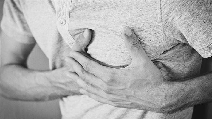 Kronik kalp hastalarına 'tedavinizi aksatmayın' uyarısı