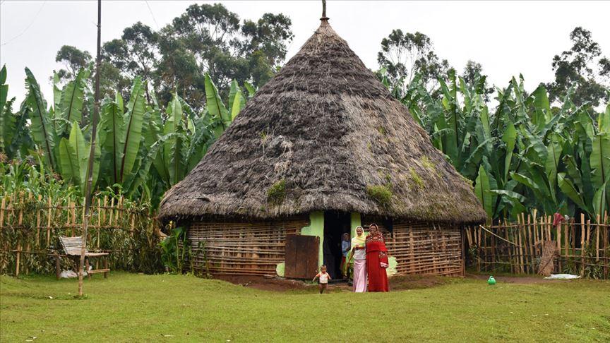 Etiyopya'nın geleneksel 'kabile evleri'nde yaşam