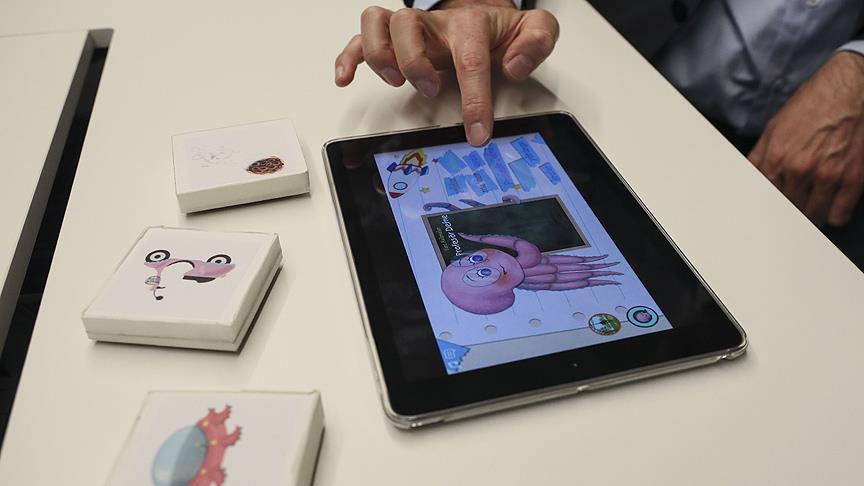 Geleneksel oyuncaklar mobil oyunlarla buluşacak
