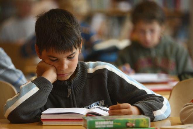 Ortaokul müdüründen ödev: Gezin, dolaşın, şeker yiyin
