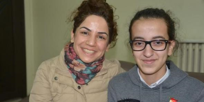 Diyarbakır'ın gururu Esra, Galatasaray Lisesi'ni istiyor