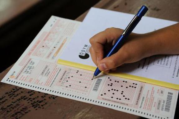 ÖSYM'nin sınav ücretleri için imza kampanyası!