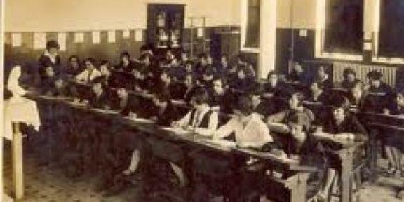 Öğretmen Okulundan Köy Enstitüsüne: Türkiye'nin Öğretmen Yetiştirme Serüveni