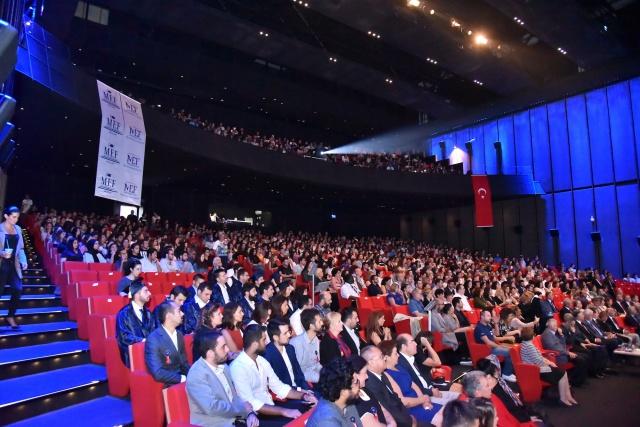 MEF ÜNİVERSİTESİ 2017-2018 AKADEMİK YILI'NA BAŞLADI