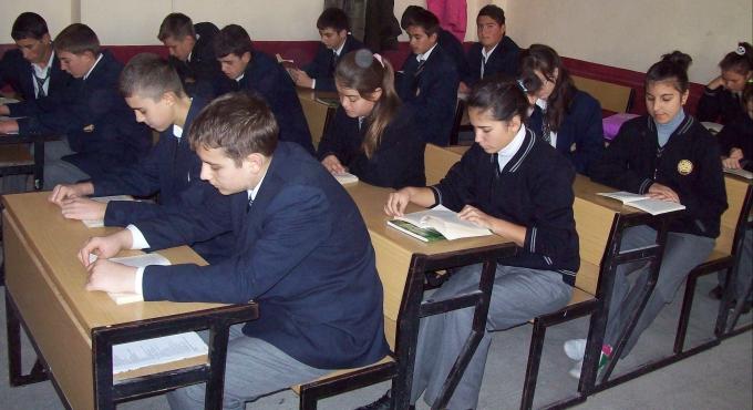 Üç ilçedeki öğrencilere MEB'den nakil hakkı