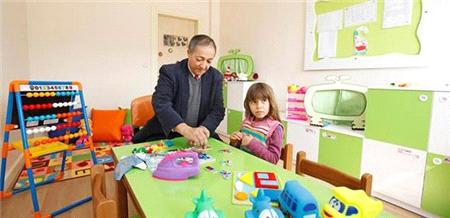 İzmir'de otistik çocuklar için ücretsiz okul