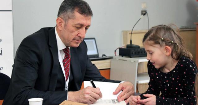 Türk Eğitim-Sen'nden Yeni Bakanın Öğretmen Odaklı Tutumuna Destek