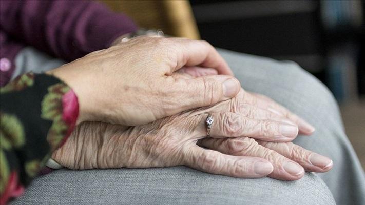 Yaşlı sağlığının korunmasında kalabalık ailelere uyarılar