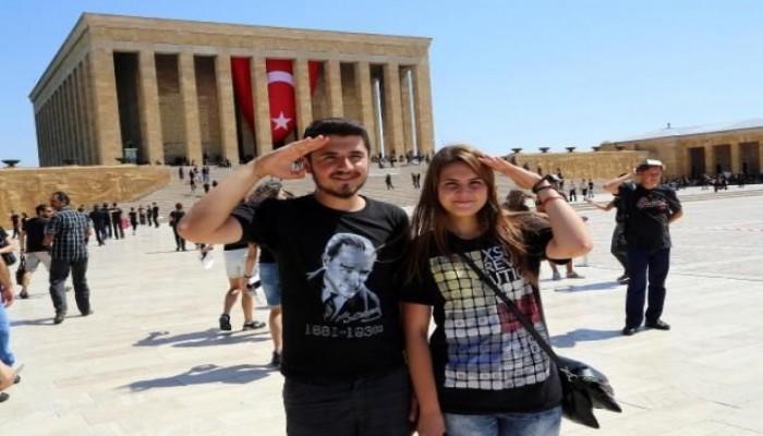 En büyük Atatürk Portresi için Anıtkabir' e akın ediyorlar