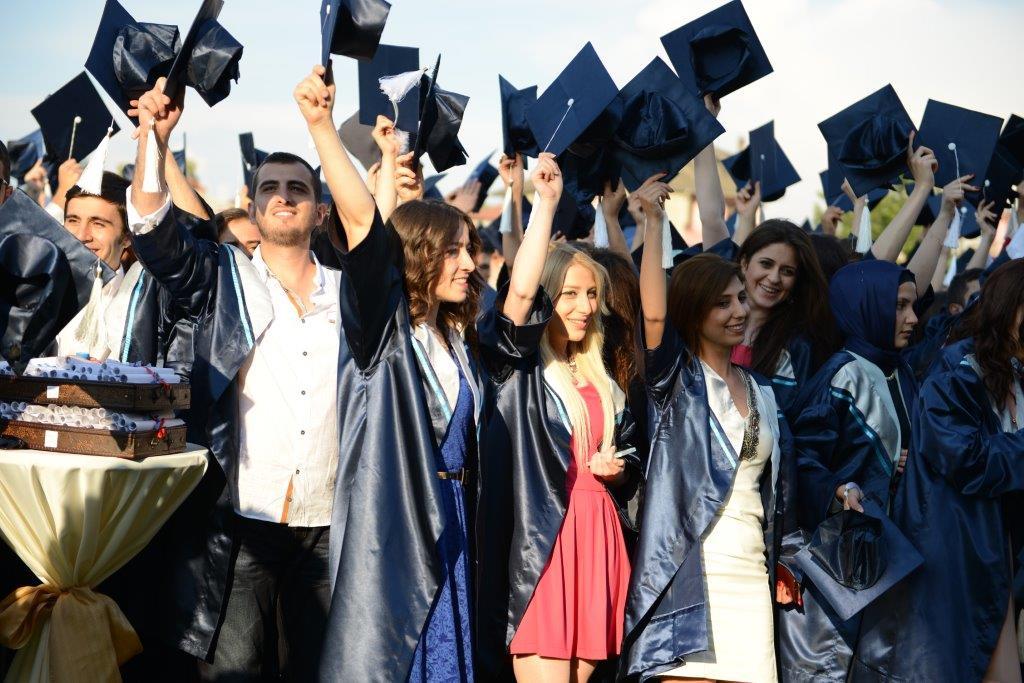 Bartın Üniversitesi 6. Mezunlarını Verdi