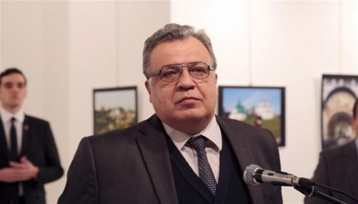 Rus Büyükelçi'ye suikast manşetlere böyle yansıdı