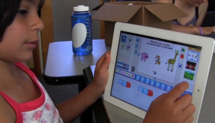 Yurtdışındaki Okullarda Teknoloji Destekli Eğitim Modeli
